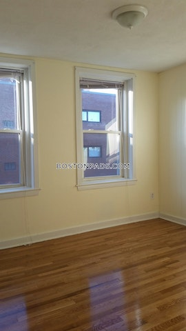 Nice 2 bed 1 bath unit in a great North End location  - Boston - North End $2,400